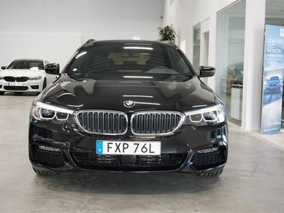 begagnad BMW 520 d xDrive Touring M Sport Connected Vinterpaket
