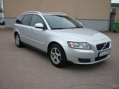 begagnad Volvo V50 1.6 DRIVe 109HK SUMMUM NAVI DRAG