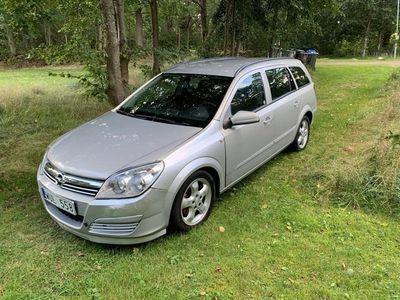 begagnad Opel Astra 1.6 tvinport
