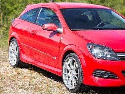 begagnad Opel Astra GTC 1.6