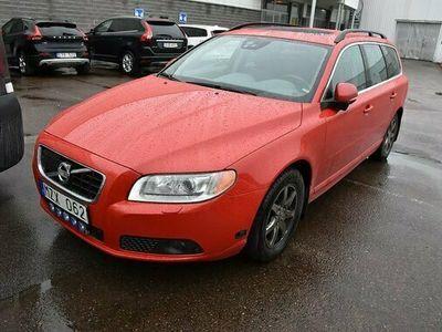 begagnad Volvo V70 T4F Momentum 2013, Kombi Pris 109 000 kr