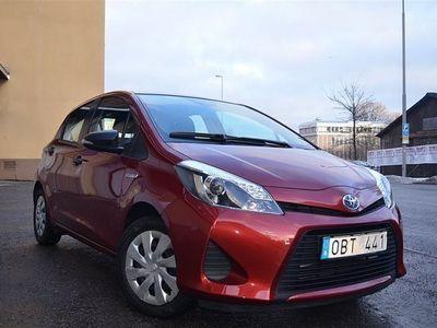 gebraucht Toyota Yaris 1,5 HYBRID AUTOMAT 2000 MIL Leasbar