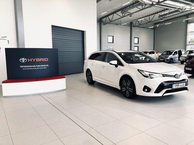 begagnad Toyota Avensis 1.8 Touring Sports (147hk) Aut