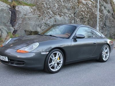 begagnad Porsche 911 Carrera 3.4 Coupé 300hk Byte/Avbet