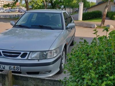 used Saab 9-3 reservdelsbil och S-däck -99