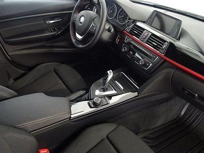 """begagnad BMW 318 d Touring, Sport Line, 17"""", 143hk"""