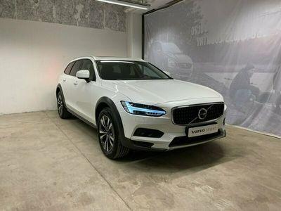 begagnad Volvo V90 CC D4 AWD Advanced Edt, On Call, Loungepaket Navigation, aktivt chassi luftfjädring, Dragkrok, BLIS,