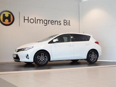 begagnad Toyota Auris 2015, Halvkombi 119 800 kr