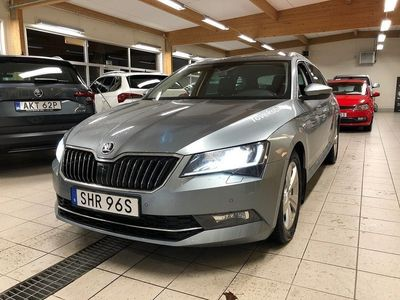 begagnad Skoda Superb Kombi 2.0 TDI 4x4 DSG 190HK - L&K Business Edition