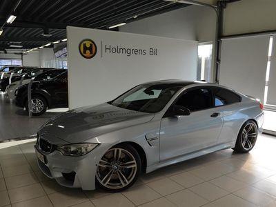 begagnad BMW M4 Coupé DKG Head UP Navi HK M-Performanc