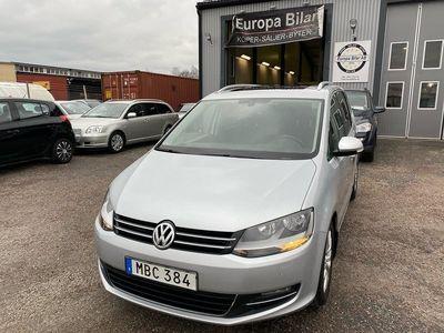 begagnad VW Sharan 2.0 AUT D-VÄRM-FJÄRR GLASTAK GPS 170hk