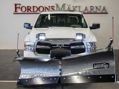 begagnad Dodge Ram CLASSIC PLOGBIL ! 2400 PLOG 550 SPRIDARE