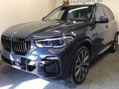 begagnad BMW X5 xDrive40i M Sport Navi Innovation Panorama Nightvision Drag 2020, SUV 999 900 kr