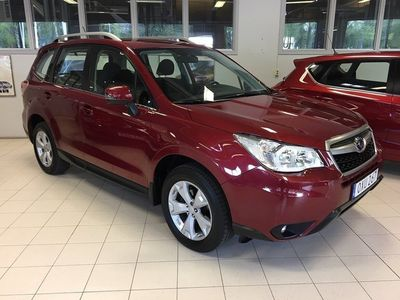 begagnad Subaru Forester 2.0 XS 4WD Lineartronic Euro -15