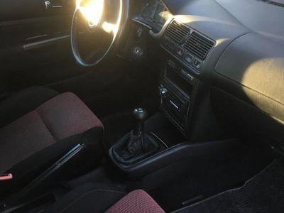 begagnad VW Golf GTI V5