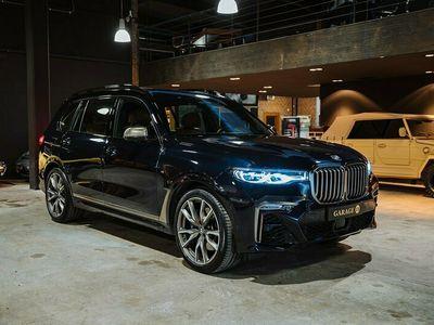 begagnad BMW X7 M50d Sky lounge, B&W, TV, Laser, 7-sits 400hk