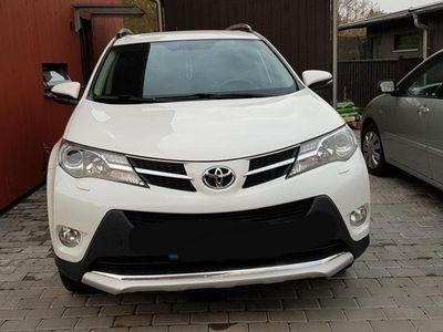 begagnad Toyota RAV4 2.0
