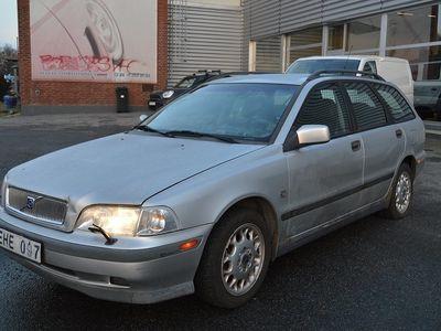 begagnad Volvo V40 2.0T 160hk -99