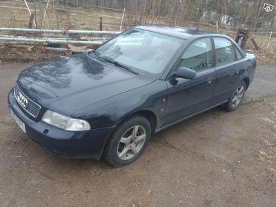 brugt Audi A4 lågmil GDS -96