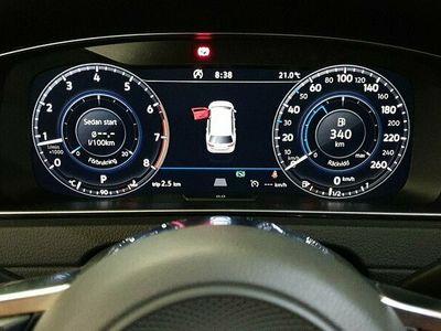 begagnad VW Golf VII Sportscombi SC 1.5 TSI R-line Cockpit B-kamera 150hk