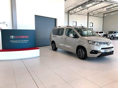 begagnad Toyota Verso Proace City7-sits 1.2T (130hk)