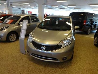 begagnad Nissan Note Halvkombi
