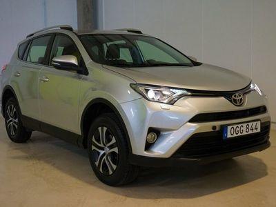 begagnad Toyota RAV4 2.0 4x4 S&V-Hjul (152hk)