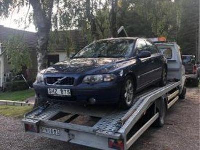 begagnad Volvo S60 2,4 turbo reservdelsbil -01