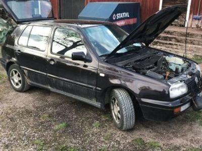 used VW Golf reservdelsbil -98