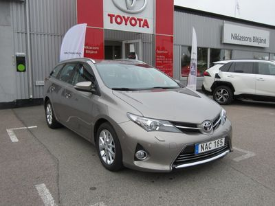 begagnad Toyota Auris Touring Sports 1.6 Executive Med TKG-Garanti
