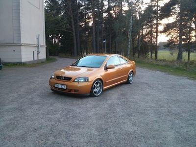 begagnad Opel Astra Bertone 2.2 16v 2001