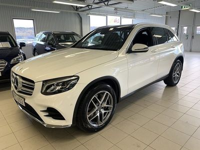 begagnad Mercedes GLC220 d 4MATIC AMG Vhjul/Drag//Panorama