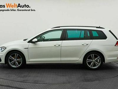 begagnad VW Golf Sportscombi TSI150 DSG R-Line/Plus/Drag/P-värmare