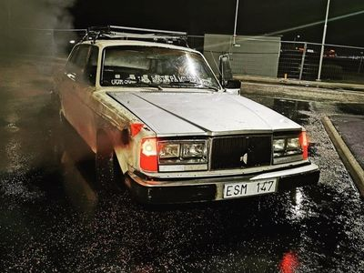 begagnad Volvo 240 d24
