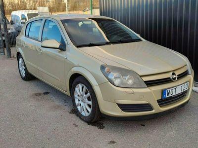 begagnad Opel Astra 1.6 Twinport 105hk *Nybesiktigad*