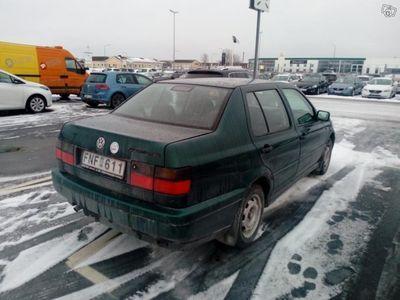 begagnad VW Vento -96