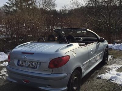 begagnad Peugeot 206 CC 1,6 Cabriolet (109hk) -04