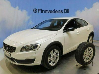 begagnad Volvo S60 CC D4 AWD Classic Plus.v-hjul voc nav driver 2018, Sedan Pris 245 000 kr