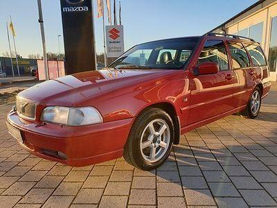 begagnad Volvo V70 2.4 140hk CLASSIC