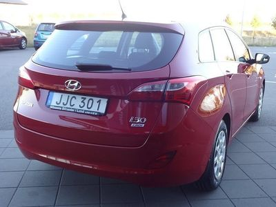 begagnad Hyundai i30 1,6 110hk Select kombi