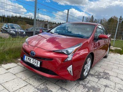 begagnad Toyota Prius Hybrid 1.8 VVT-i Hybrid CVT Euro 6 123hk Executive