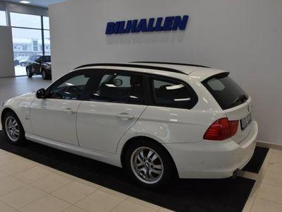 begagnad BMW 320 d xDrive Touring (184hk) -12