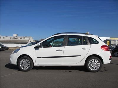 begagnad Renault Clio Grand Tour Expression 1.2 16v 2008