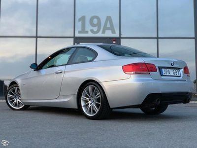 begagnad BMW 330 d M Sport Sv-Såld Unik -09