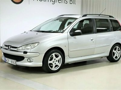 begagnad Peugeot 206 Kombi 1.6 Manuell 109hk