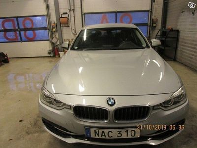 begagnad BMW 320 i xDrive Sedan, F30 (184hk) -16