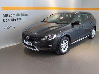 begagnad Volvo V60 CC D4 AWD Momentum BE SELEKT