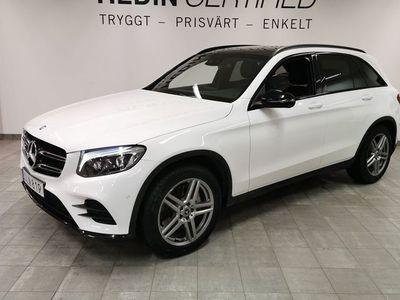 begagnad Mercedes GLC250 - BenzD 4MATIC / / Panorama / / Värmare / / Navi / / Keyless