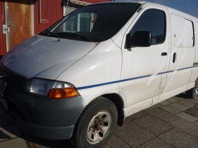 begagnad Toyota HiAce Skåpbil 2.5 2004, Transportbil 63 750 kr
