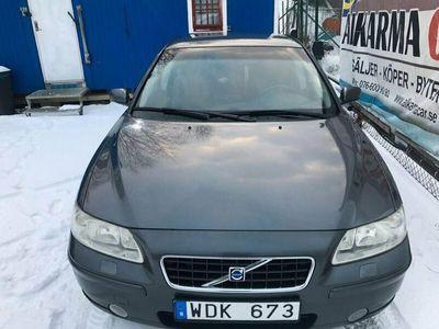 begagnad Volvo S60 2.5T Kinetic 210hk